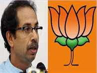 Shiv Sena favor Manmohan Singh attacked on BJP