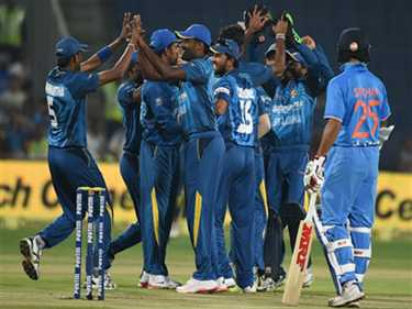 First time team India lose first two wickets in first over