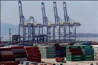 China posts unexpected trade deficit in February