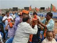 BJD MLA Claims that BJP Workers Force to Wearing Saffron Outfit