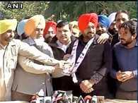 Punjabi comedian Gurpreet Ghuggi joins AAP