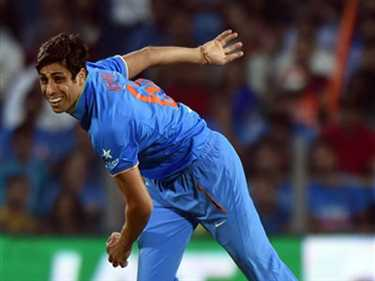 Nehra doesnt attend training session to avoid injury