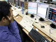 sensex fall upto 807 points, rupee also falling down