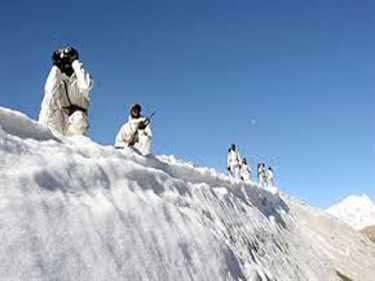 Siachen: bathing is forbidden, water freez on the body