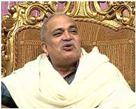 court issued warrant against nirmal baba in forgery case