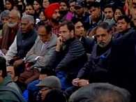 Rahul Gandhi shown black flag in JNU