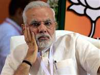 Narendra Modi pulls up minister for gifts to journalists