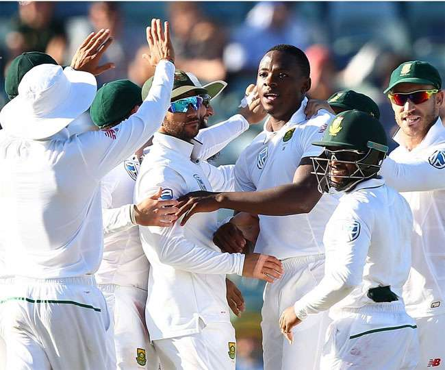 Kagiso Rabada and Vernon Philander help South Africa to take a better position against Sri Lanka in Johannesburg Test