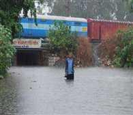 Steamed entry of rain in south Gujarat