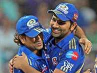 Sachin Tendulkar congratulate Rohit Sharma on his 264 runs innings