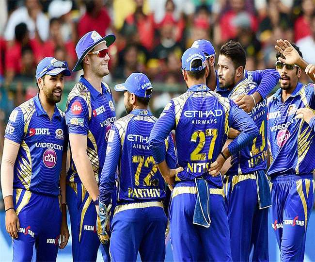Mumbai Indians Will face Rising Pune Supergiant in the first Qualifier of IPL 10