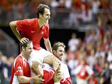Switzerland enters Davis Cup final with help of Federer