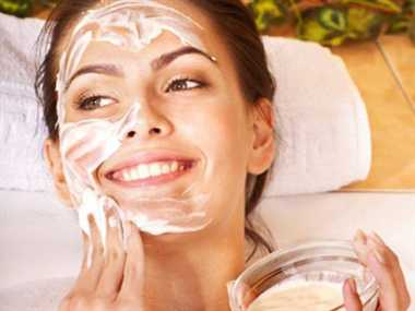 Tips to make your skin look younger
