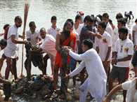 Baba Ramdev launched the Clean India campaign