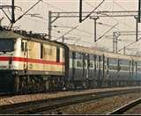 लखनऊ-कानपुर रेलमार्ग पर दर्जनभर ट्रेनों का संचालन प्रभावित