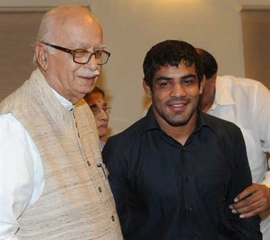 Olympics 2012: Advani upset with Hockey team