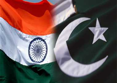 Oil exports from India to Pak stuck on price issue