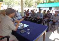 meeting of police and shopkeepers