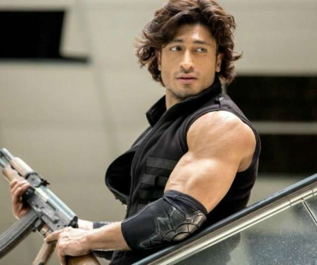 here is the first look of vidyut jammwal commando 2