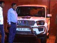 Aam Aadmi Party's mla moving in expensive cars