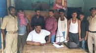 शराब के नशे में जदयू नेता के पुत्र समेत छह गिरफ्तार