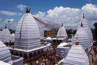 देवघर बाबा मंदिर में कल से स्पर्श पूजा , श्रावणी मेले का समापन आज