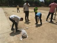 विद्यार्थियों से लगवाए नेट पोल, 5 घंटे बाद शुरू हुई प्रतियोगिता