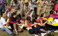 Tibetans protest Chinese President Xi Jinping's visit