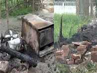 4 burnt to death as mob torches houses in Bihar village