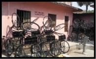 दिव्यागों के लिए उपलब्ध साइकिल हो रहा बर्बाद