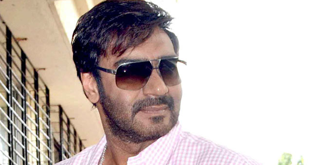 Ajay Devgn gifts two cars to Maharashtra cops