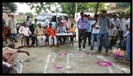 ओडीएफ के लिए ग्रामीणों को किया प्रेरित