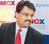 FMC finds Jignesh Shah,FTIL not fit  proper  to run any bourse