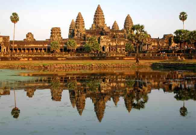 दुनिया के पर्यटक सबसे ज्यादा देखने जाते हैं ये 10 स्थान