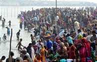 holy dip in sangam