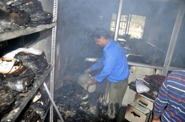 Image result for कस्टम विभाग के आॅफिस में लगी आग से रिकॉर्ड तथा अन्य सामान नष्ट