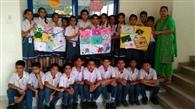 छात्राओं ने बनाईं देश के जवानों के लिए राखियां