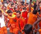 भद्रेश्वरधाम में जलाभिषेकः उत्तर प्रदेश मेें हादसों से होकर गुजरे कावड़िए