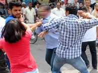 father and daughter fight against molestation in meerut