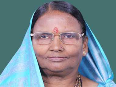 MP Rama Devi remained narrowly in road accident
