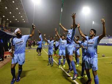 Hockey India will award players