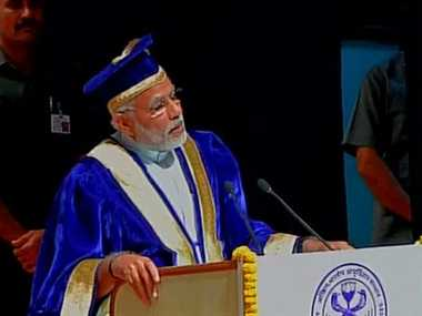 pm modi asks doctors to be serious about responsibilty