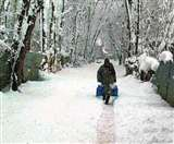 बर्फबारी के बाद शीतलहर से कांपे पहाड़ी राज्य