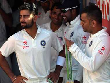 Dhoni hints towards unrest in dressing room