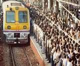 मुंबई की लोकल ट्रेन में टीवी पत्रकार पर हमला, गंभीर रूप से जख्मी
