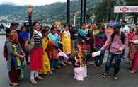 Asha Workers Protest Against State Government