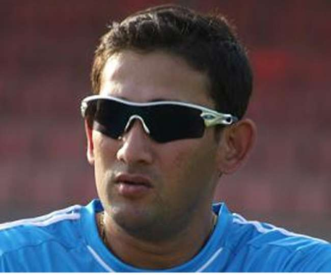 After Rahul Dravid now Ajit Agarkar too questions on Yuvraj Singh and MS Dhoni role and batting order