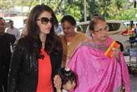Media gets too close to Aishwarya Rai, her Mom Falls and Starts Bleeding