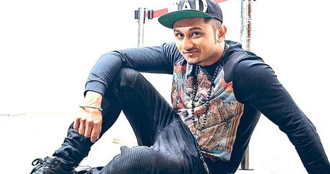 Rapper Yo Yo Honey Singh injured on 'India's Raw Star' set