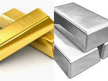 Gold, silver fall on sluggish demand, global cues